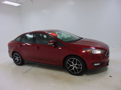 Certified Pre-Owned 2017 Ford Focus SEL FWD 4dr Car