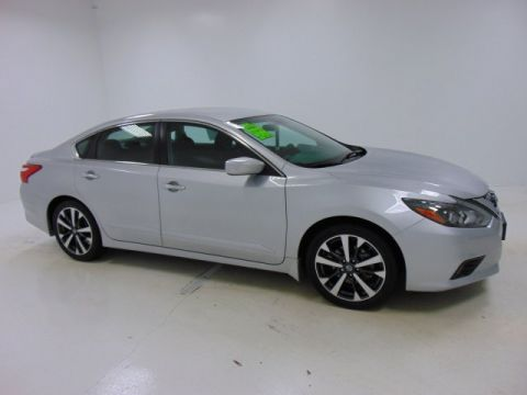 Pre-Owned 2016 Certified Nissan Altima 2.5 SR FWD 4dr Car
