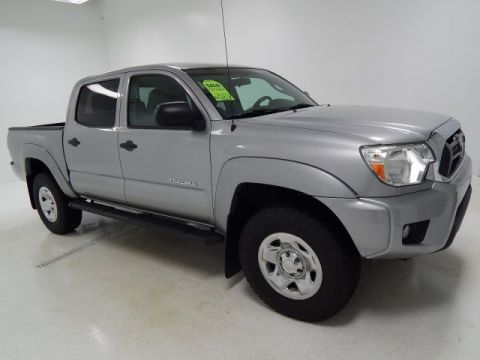Certified Pre-Owned 2015 Toyota Tacoma PreRunner RWD Crew Cab Pickup